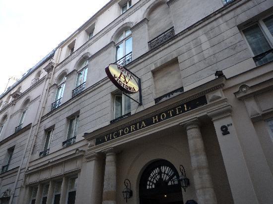 Victoria Hotel: ホテル外観
