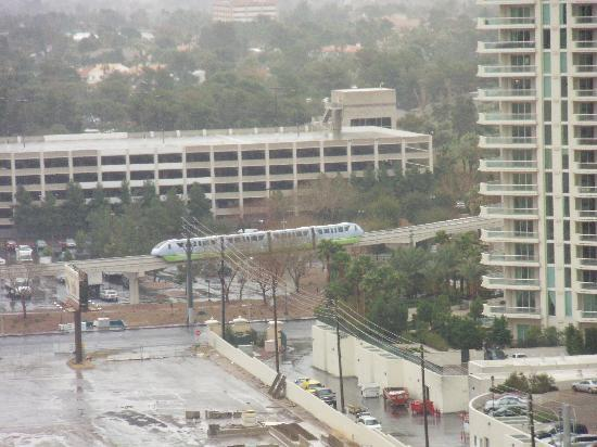 That's the monorail...I'd rather drive