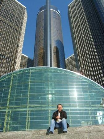 Detroit Marriott At The Renaissance Center Gm In Very Nice Buildings