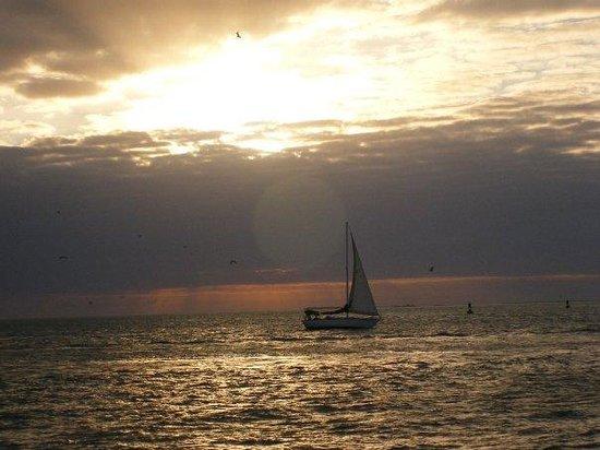 Duck Key, FL: Sunset at Key West