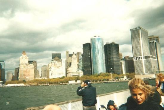 Manhattan Skyline: Ferry to Statue of Liberty