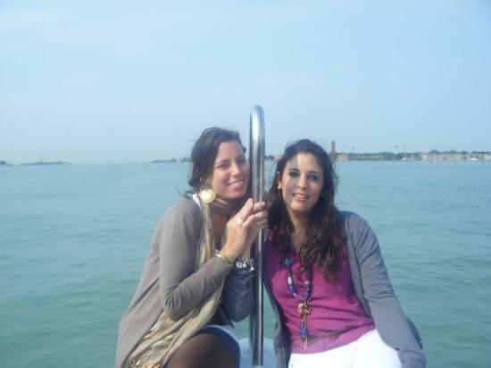 Jesolo, Italy: Navegando hacia Venecia
