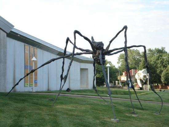 Kansas City, MO: A sculputre in KCMO