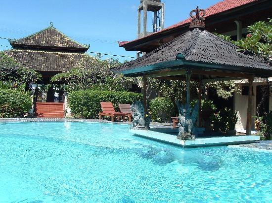 The Adirama pool