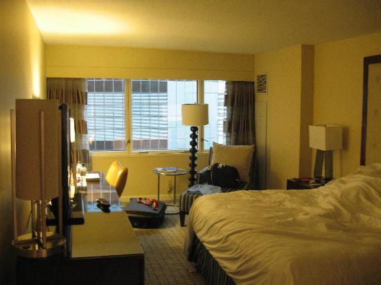 Crowne Plaza Times Square Manhattan: The Room