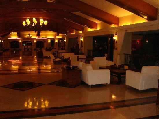 Taj Exotica Goa: Lobby