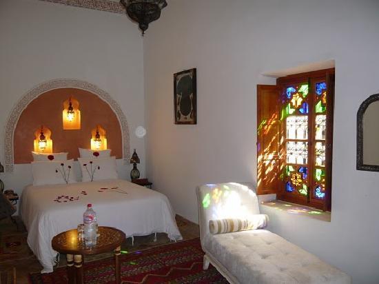Riad Les Trois Palmiers El Bacha : chambre almohade