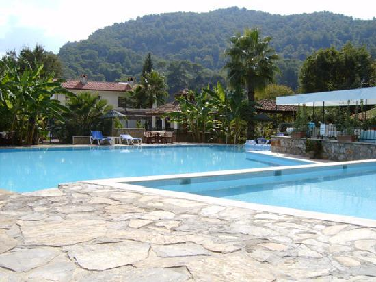 ‪سلطان بالاس هوتل: Sultan Palas Hotel, Dalyan - Pools‬
