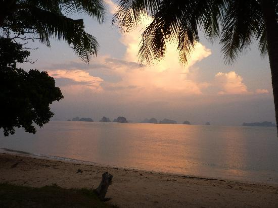 Germing Frey, Hotels & Resorts: View of the sea at sunset