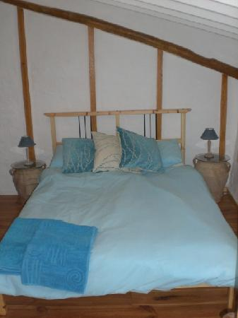 Blue en-suite room