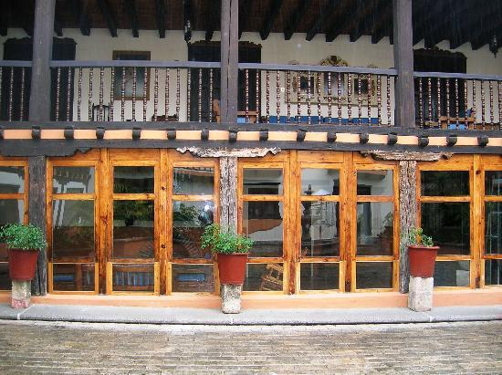 Santa Clara: view of the balcony from the courtyard