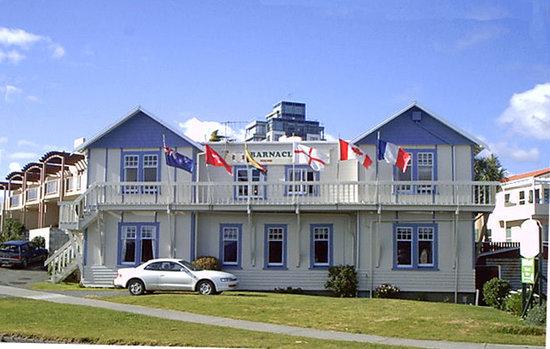 Barnacles Seaside Inn Backpackers: Barnacles Seaside Inn