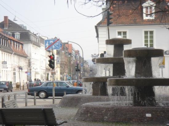 Saarbrücken, Deutschland: St. Johanner Market