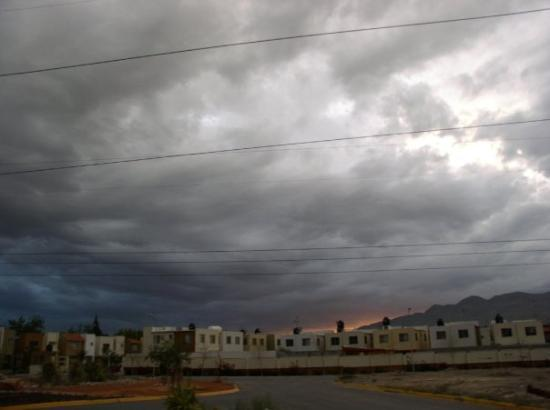Saltillo, Mexico: summertime storm