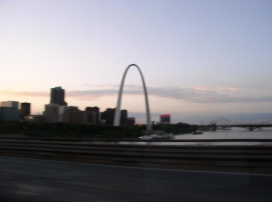 Woodson Terrace (MO) United States  City new picture : St. Louis Missouri. Perfect timing to arrive ... beautiful sunset.