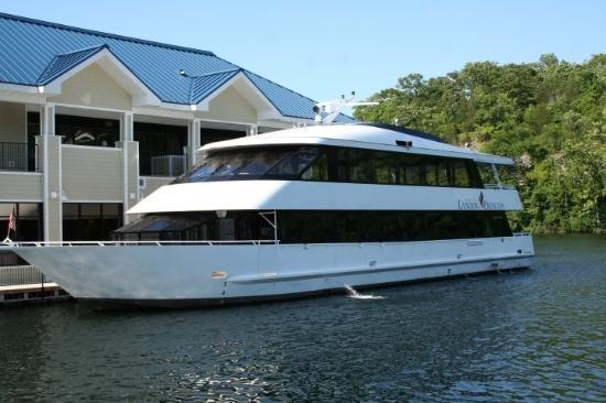 Branson, MO: River Princess