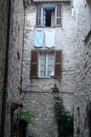 St-Paul-de-Vence, France: Once again, more windows.