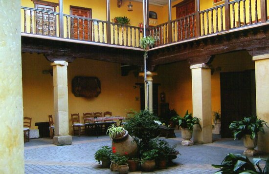 Huete, España: The courtyard.