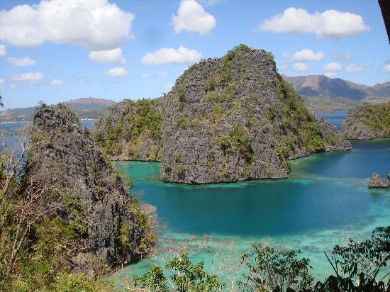 Majika's Island Resort: Kayangan Lake, view from the hilltop