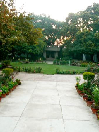 Agrawal Paying Guest House: rest here!