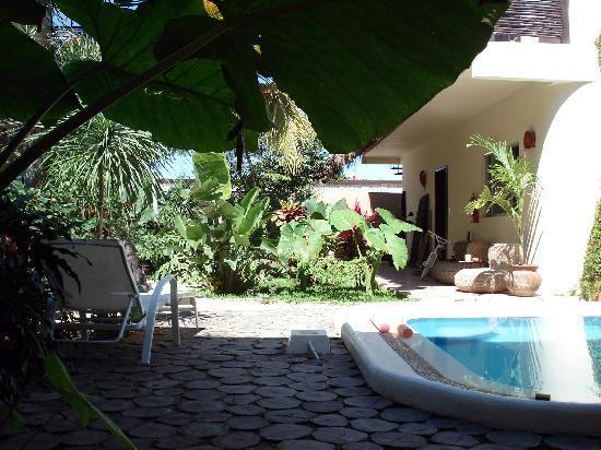 Villas Geminis Boutique Condo Hotel: La cour intérieure