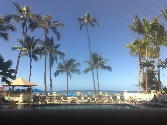 Duke's Waikiki: view from our table