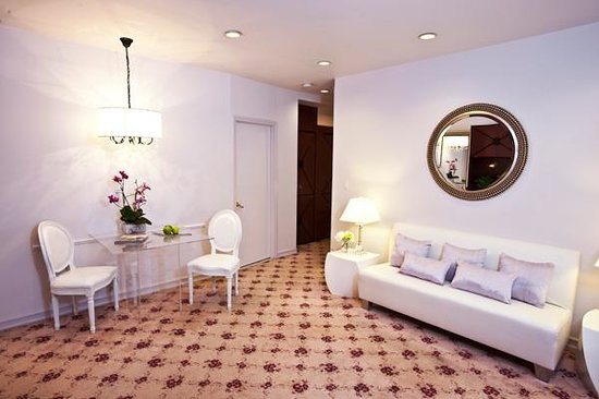 Park House Hotel Updated 2019 Prices Reviews Brooklyn Ny