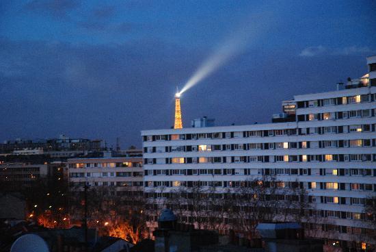 Adagio City Aparthotel Montrouge : Vista dallo balcone della camera