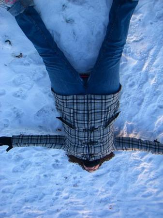 Glasgow, UK: snow angel'ing it