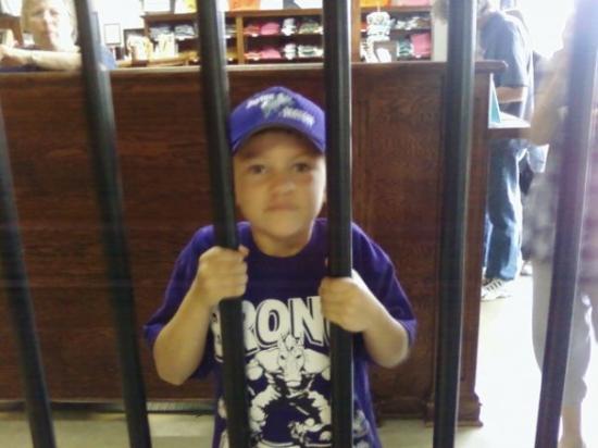 Huntsville, TX: Luke at prison museum 8-1-09