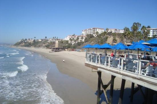 San Clemente..on the right, Sea Food restruant--View AmaZing!