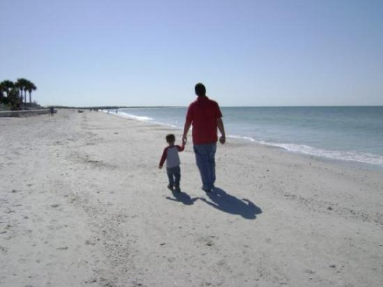 Pass-a-Grille: Daddy and & Zak on St Pete Beach