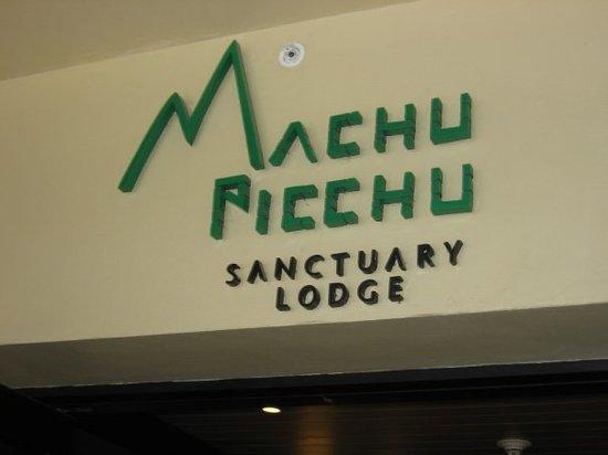 Tinkuy Buffet Restaurant at Sanctuary Lodge Photo