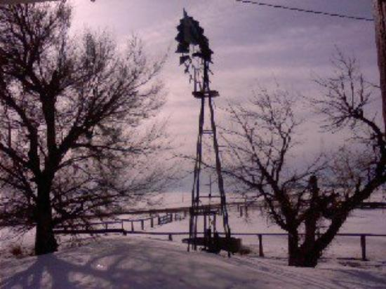 Hammond, MT: Wind Mill To a water Well.. Still operational