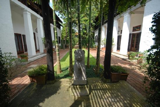 Rachamankha: LIBRARY LAWN