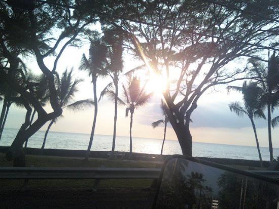 Kailua-Kona, HI: What away to end the day God is so good!
