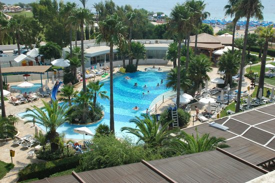 Dome Beach Hotel & Resort: Pool 1,