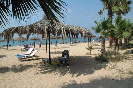 Dome Beach Hotel & Resort: Rühiger Strand