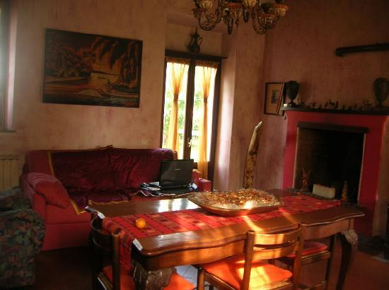 Ticino B&B: living room
