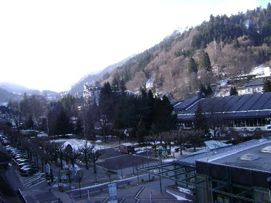 Le Mont-Dore, France: vue de l'hôtel début mars