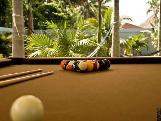 Swell Surf Camp: Pool table