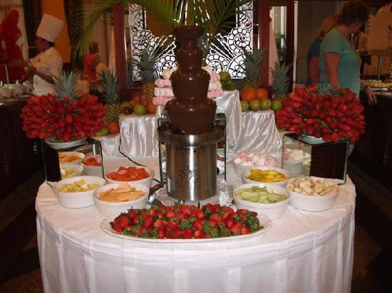 Hotel Riu Vallarta: Let your diet at home...