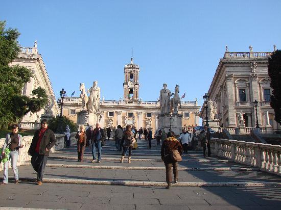 Piazza del Campidoglio: place du Capitole
