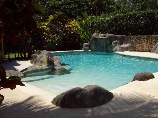Bungalows Calalu: piscina