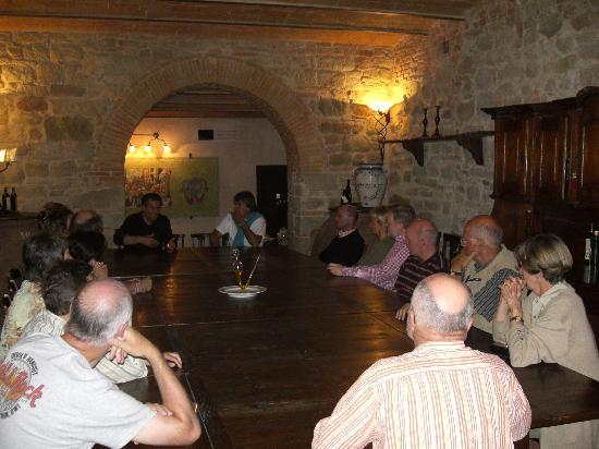 Villa Campestri Olive Oil Resort: lezione sull'olio in Oleoteca