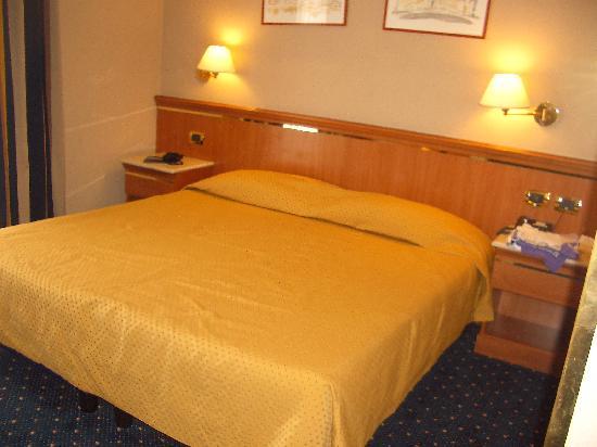 Hotel Diocleziano: Habitación