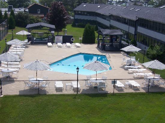 Nautical Mile Resort: Pool area veiw from 2-bedroom townhouse