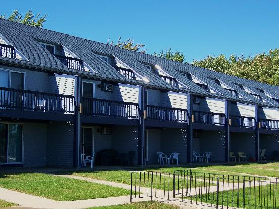 Nautical Mile Resort: Townhouses