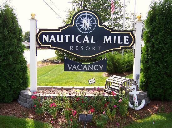 ‪‪Nautical Mile Resort‬: Nautical Mile Resorts Front Sign‬