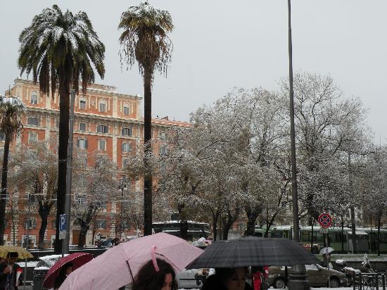 A Casa di Serena a San Pietro: Snow in Rome